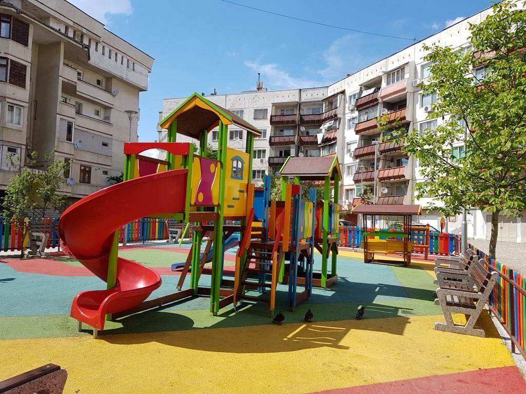 14 млн. лв. за детски площадки и ремонт на улици