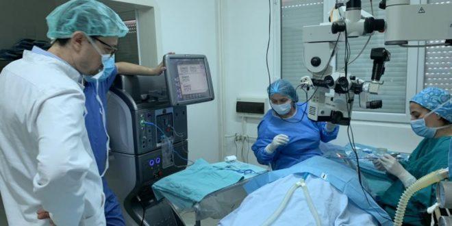 Рядък апарат за очни операции вече и в Плевен