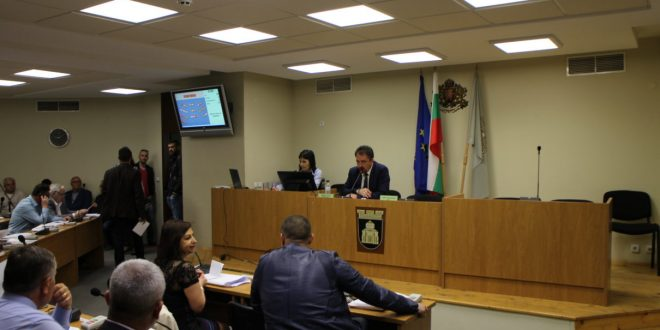 5-членна комисия предлага да има водеща комисия, председателят възразява