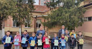 Победители – математици от състезанието в чест на Апостола на свободата