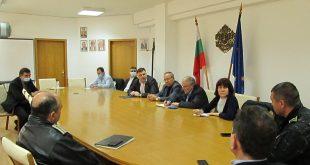 Областният управител Мирослав Петров настоя за затегнат контрол при спазване на мерките на извънредното положение