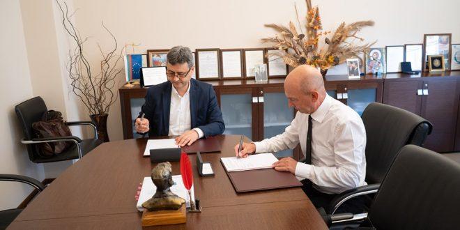 Медицинският университет и ПГПЧЕ подписаха договор за сътрудничесто
