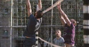 Плевенски любители на волейбола търсят съдействие заради отказан достъп до игрище