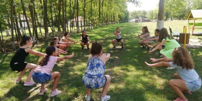 Мотивирани преподаватели запалиха интереса на децата в лятната програма на община Кнежа