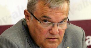 Румен Петков за протестите и токсичния контакт с Борисов