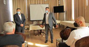 Евродепутатът Андрей Новаков и Мирослав Петров на среща с превозвачи от плевенска област