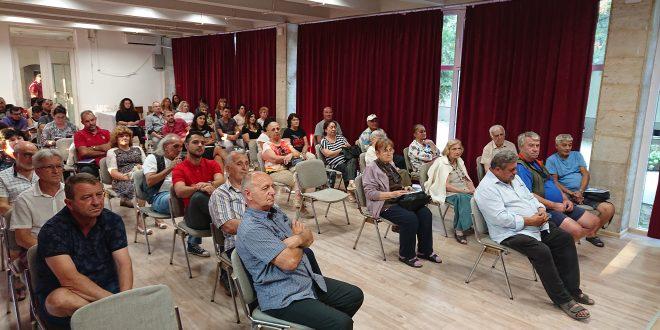 Десетки никополчани на представянето на книга за историята на града