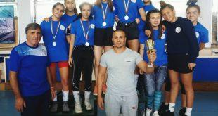 Плевенчанка е новият национален шампион по борба до 46 кг за момичета