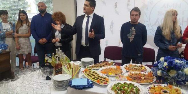 """""""Има такъв народ"""" откри плевенския офис на партията /снимки/"""