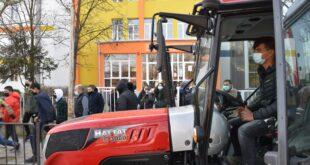 """J 1 310x165 - СУ """"Хр. Смирненски"""" гр. Гулянци закупи трактор за провеждане на професионално обучение"""