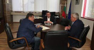 Кметът на Община Червен бряг потърси съдействие от МРРБ за подмяна на водопроводи и ремонт на улици