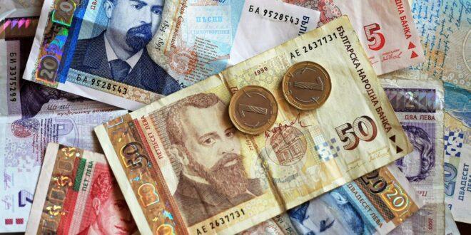 1088,23лв. е средномесечният осигурителен доход за страната за месец март