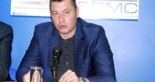 Стефан Бурджев: Популистки се раздват пари от джипката на премиера преди изборите