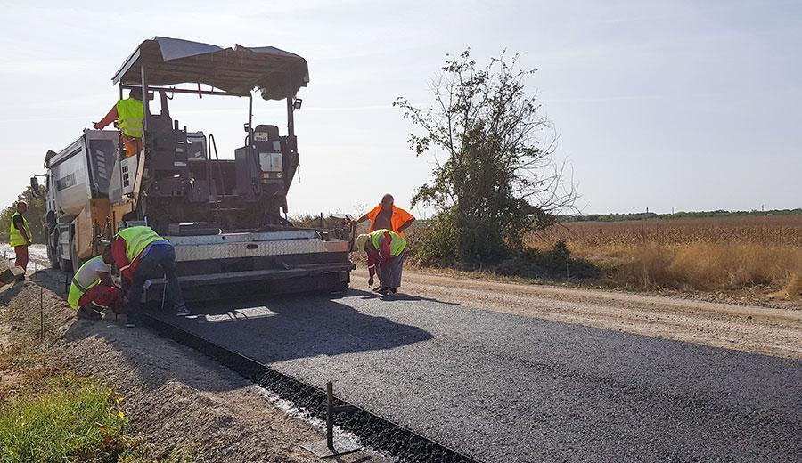 По програма на Интеррег V-A Румъния - България се ремонтират над 9 км от път III-118 Гулянци - Долна Митрополия