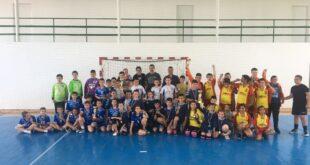 """Хандбален турнир """"Чрез спорт към толерантност""""в град Левски"""