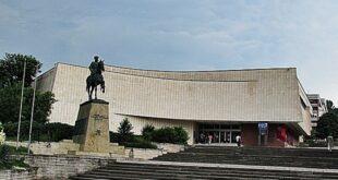 Галерия Бешков представя известни Български художници и скулптори