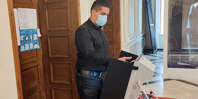 Адв. Радостин Василев гласува за една справедлива, съвременна и добре уредена България