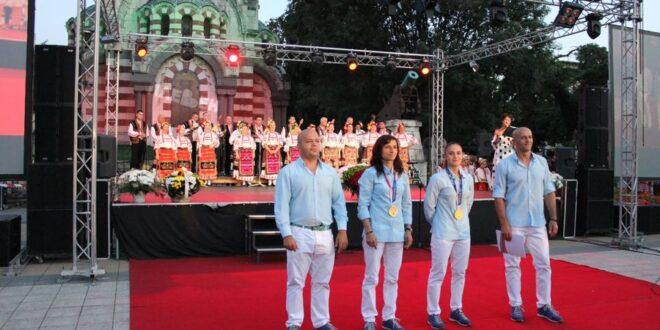 Плевен посрещна подобаващо олимпийските шампионки Ивет Горанова и Стойка Кръстева