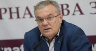 Румен Петков пита за тежко състояние на жена, след поставяне на ваксина