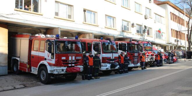 На 14 септември българските пожарникари отбелязват професионалния си празник